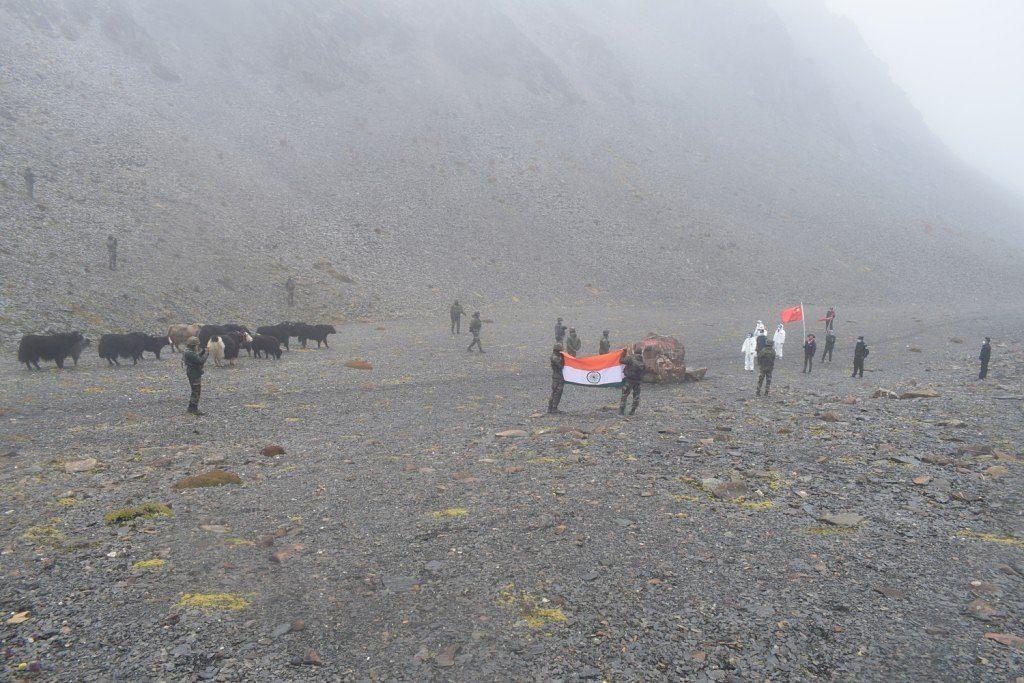 India China Tension: चीन से भिड़ने के लिए बॉर्डर पर मजबूती से खड़ी है भारतीय सेना, चीनी खेमे में हड़कंप