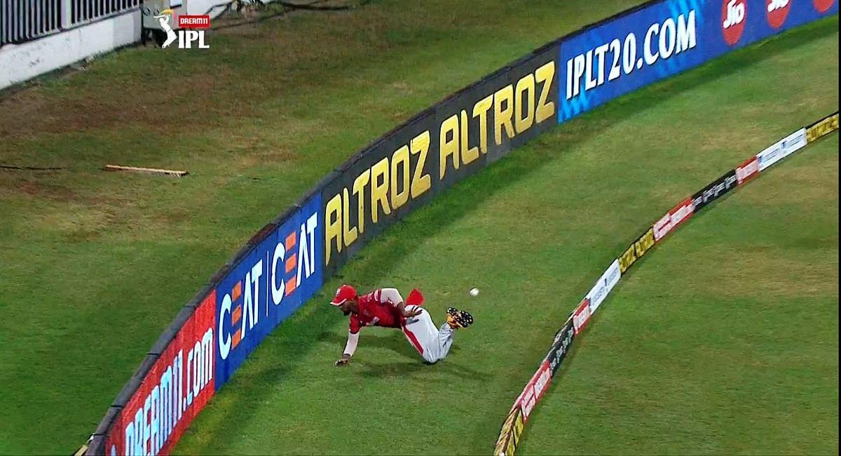 कभी व्हील चेयर पर थे निकोलस पूरन, डॉक्टर ने दी थी क्रिकेट से तौबा करने की सलाह, अब IPL में अपनी फील्डिंग से पूरी दुनिया को चौंका दिया