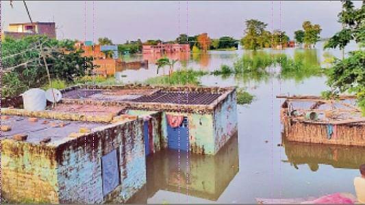 नये इलाके में तबाही मचा रहा बाढ़ का पानी, मुश्किलों से घिरी पांच लाख की आबादी