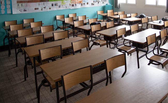 School Admission: स्कूलों में एडमिशन फार्म मिलना शुरू, जानिये कहां कब देना है आवेदन