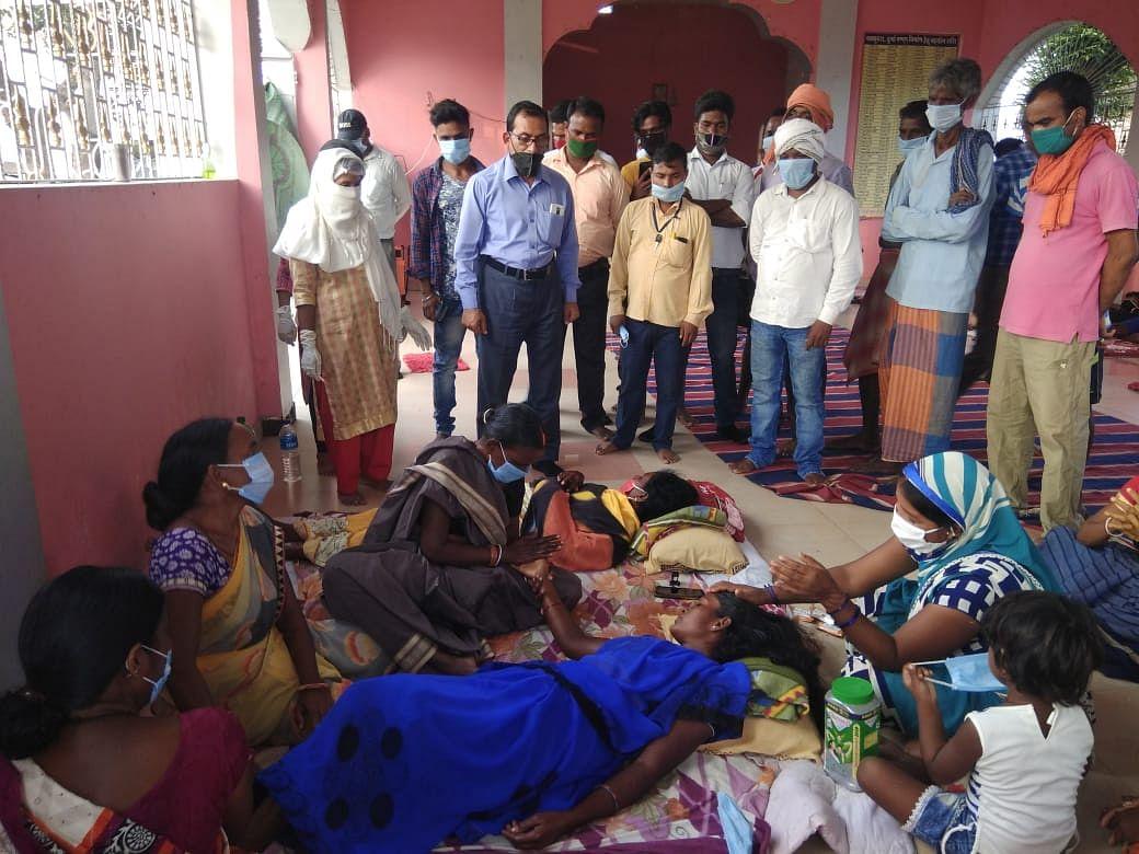 पीवीयूएनएल के खिलाफ भूख हड़ताल पर हैं 25 गांवों के 200 लोग, चौथे दिन 50 लोगों की तबीयत बिगड़ी