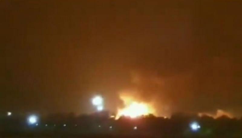 ONGC Fire Updates : सूरत के ओएनजीसी प्लांट में भीषण विस्फोट, 240 किमी लंबी पाइप में भरी है गैस