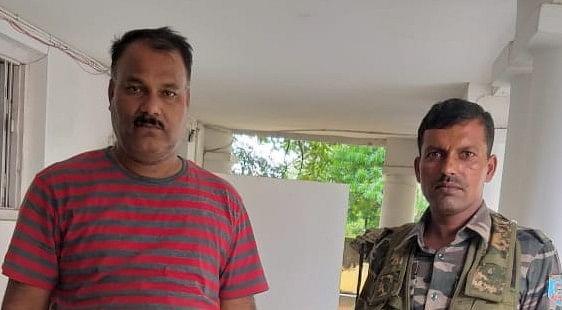 छह हजार रुपये घूस लेते एएसआई गिरफ्तार, पढ़िए केस मैनेज करने के लिए पीड़ित को कैसे दे रहा था धमकी ?