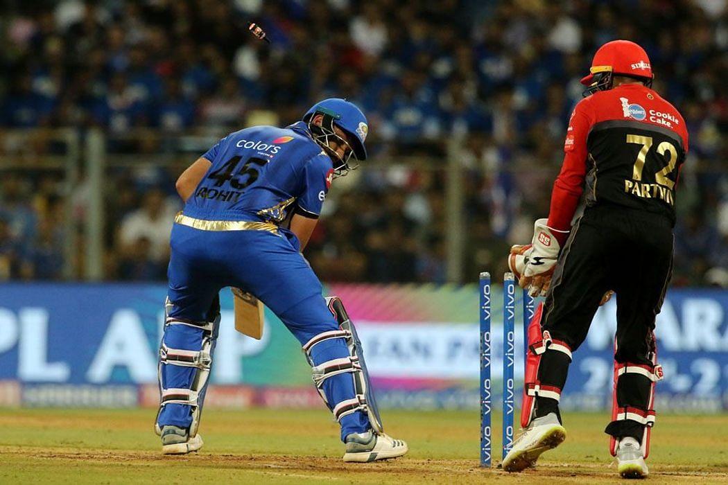 IPL 2020: आईपीएल में किसने फेंकी सबसे ज्यादा डॉट गेंदें, किसके नाम सबसे ज्यादा विकेट, टॉप-5 बॉलर्स में 4 भारतीय