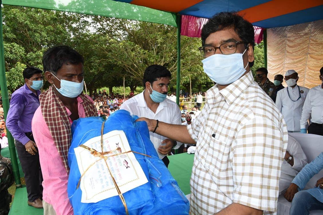 Jharkhand News : तीन दिवसीय दुमका दौरे पर हैं सीएम हेमंत सोरेन, जानिए लेटेस्ट अपडेट