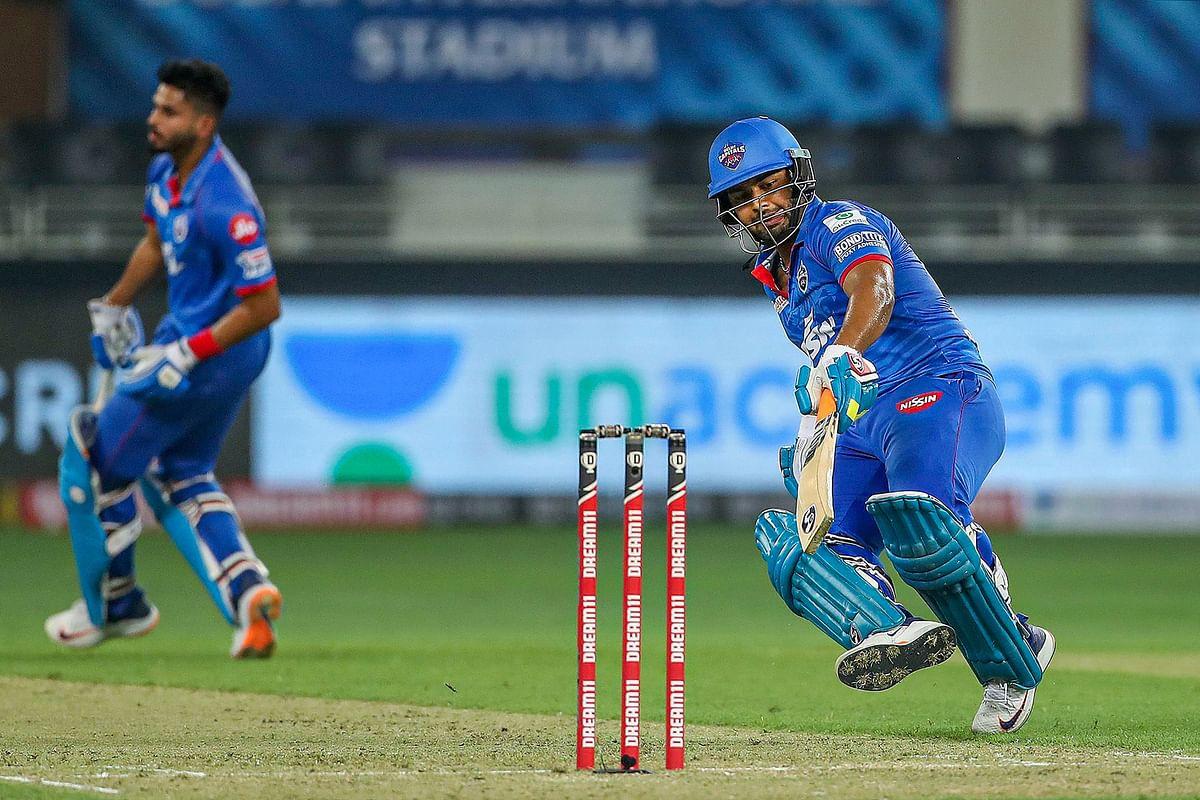 IPL 2020, DC vs SRH Latest Update : दिल्ली को तीसरा झटका, धवन 34 रन पर राशिद के शिकार हुए, स्कोर 62/3