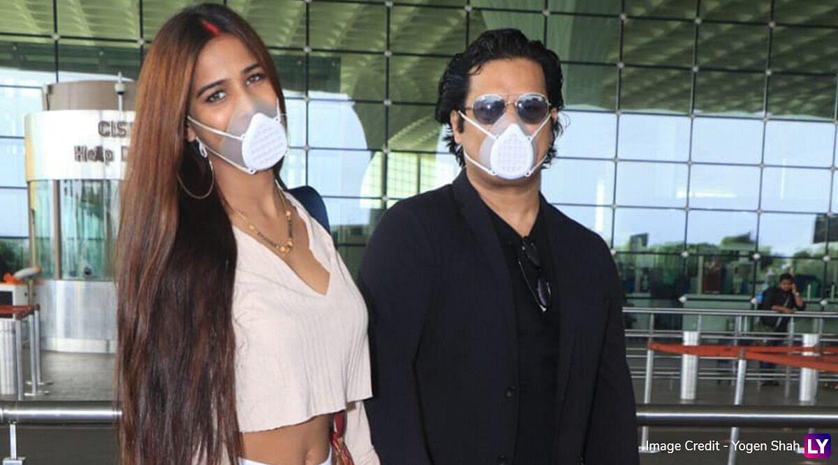 VIDEO : मांग में सिंदूर और हाथ में चूड़ा पहने पति सैम के संग एयरपोर्ट पर यूं नजर आई पूनम पांडे