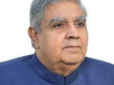 बंगाल के राज्यपाल ने डीजीपी को किया तलब, कहा : पुलिस महानिदेशक को कानून-व्यवस्था की परवाह नहीं