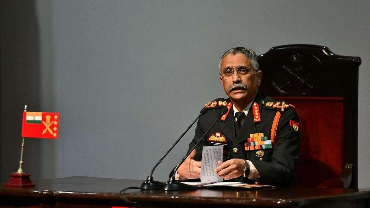 India China Tension: लद्दाख में सेना प्रमुख बोले- LAC पर स्थिति नाजुक और गंभीर, किसी भी हालत से मुकाबले के लिए तैयार