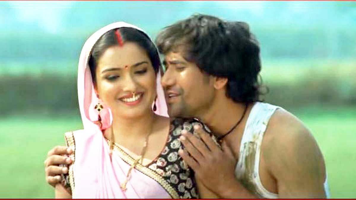 निरहुआ-आम्रपाली के इस लहरदार Bhojpuri गाने ने जमकर काटा बवाल, यूट्यूब पर व्यूज 25 मिलियन के पार, VIDEO