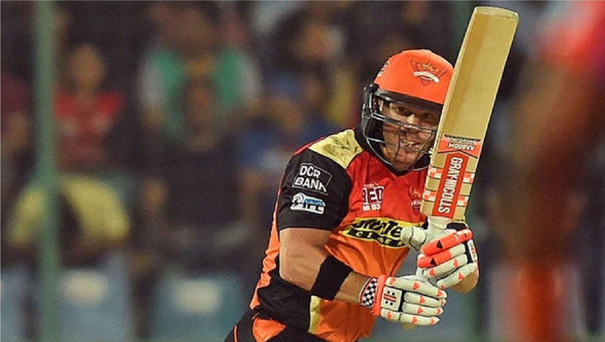 IPL 2020, KKR vs SRH Today's Match : हैदराबाद को दूसरा झटका, कप्तान डेविड वॉर्नर 36 रन बनाकर आउट