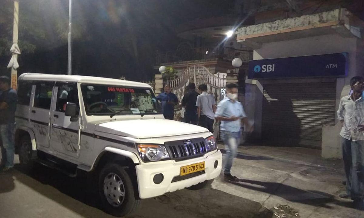 हीरापुर के एसबीआई एटीएम में पैसा डालने के दौरान अपराधियों ने की लूटपाट, 3 राउंड हुई फायरिंग