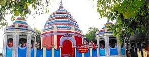 रजरप्पा में मुंडन कराने आये छह माह की बच्ची समेत चार बहे, युवक ने बचायी जान