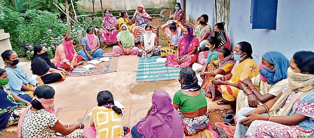 पंचायतनामा : गांवों के विकास और ग्रामीणों को आत्मनिर्भर बनाने में जुटीं महिलाएं
