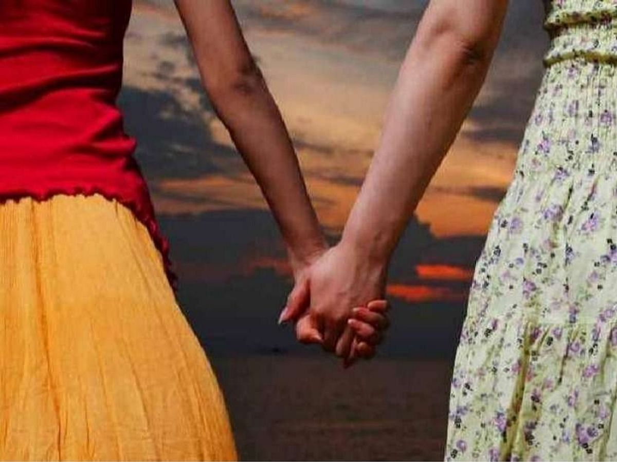 पश्चिमी चंपारण की दो युवतियों ने की समलैंगिक शादी