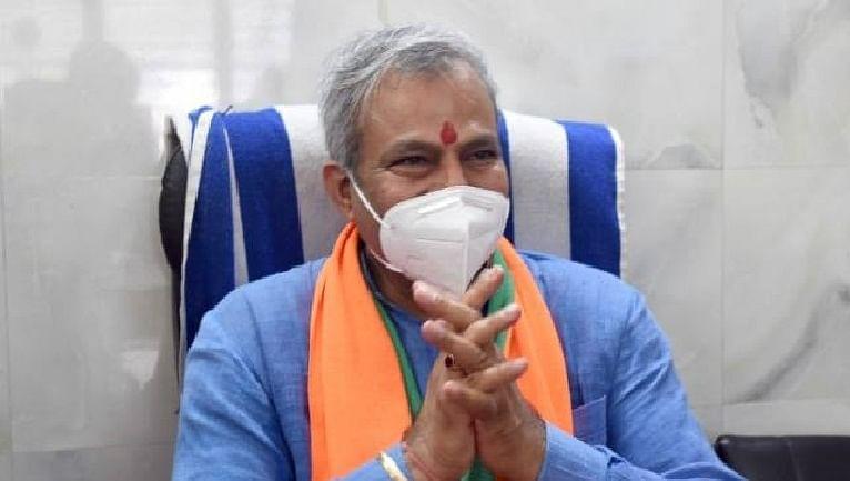 दिल्ली भाजपा अध्यक्ष कोरोना संक्रमित, दफ्तर में 17 से ज्यादा पॉजिटिव केस मिले