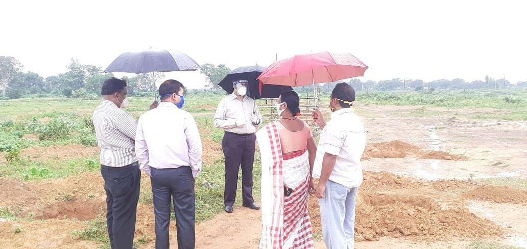 478.33 एकड़ बंजर जमीन को उर्वरक कर खेती का कार्य जारी, फार्मर्स ग्रुप बनाकर दिया जा रहा है सरकारी परियोजनाओं का लाभ