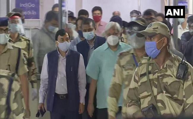 बिहार विधानसभा चुनाव 2020 : पटना पहुंचे मुख्य चुनाव आयुक्त सुनील अरोड़ा, बोले- चुनावी तैयारियों का मुकम्मल जायजा लेंगे