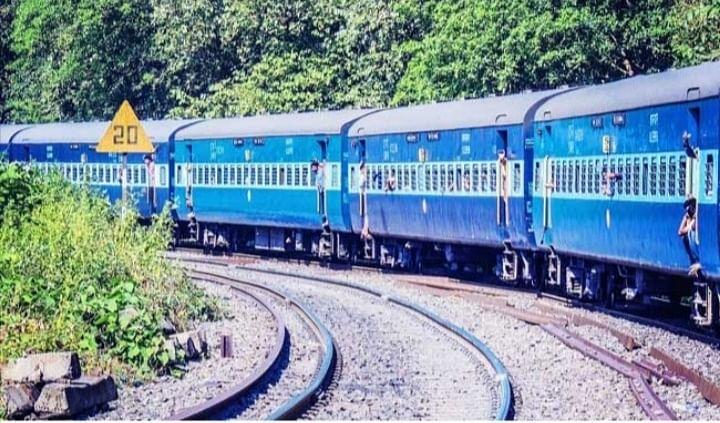 IRCTC/ Indian Railway : हावड़ा-अहमदाबाद सुपरफास्ट एक्सप्रेस एवं हावड़ा-मुंबई मेल सुपरफास्ट एक्सप्रेस अब सप्ताह में तीन दिन चलेगी