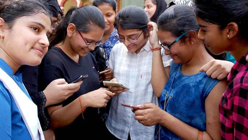 देश में 74.3 करोड़ इंटरनेट यूजर्स बढ़े, ट्राई ने जारी किया रिपोर्ट