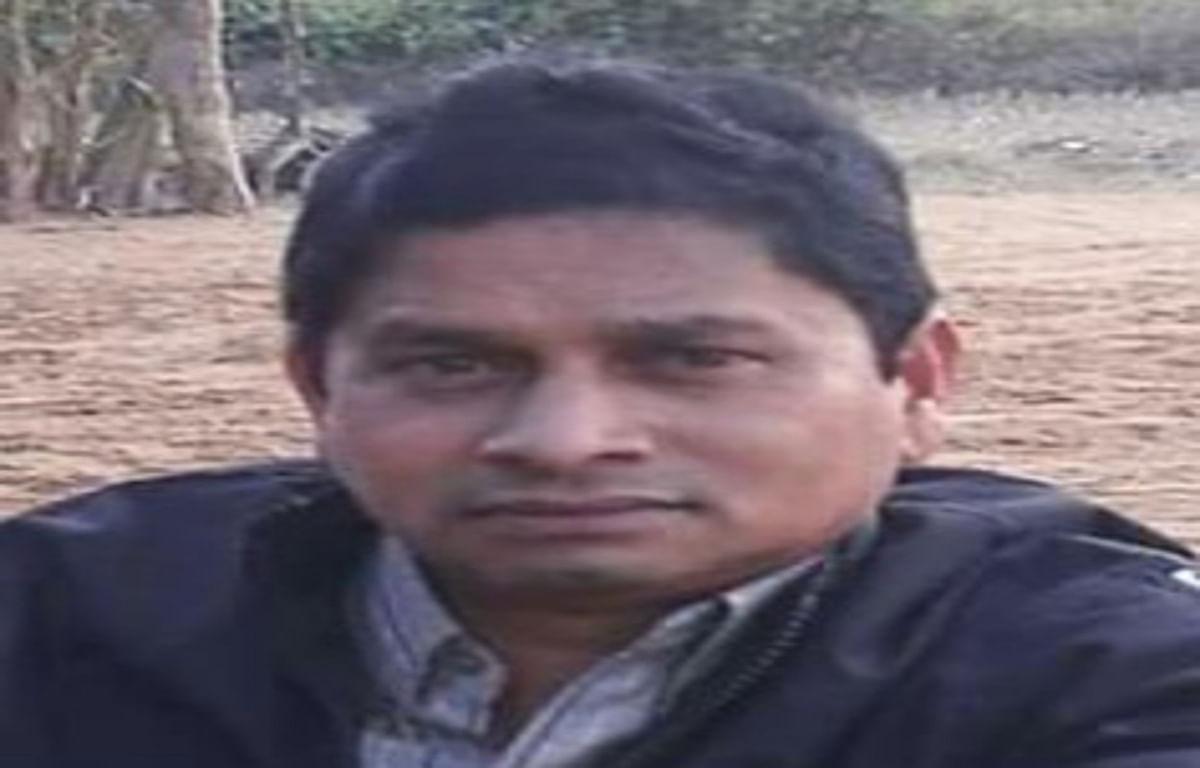 बड़कागांव में झोलाछाप डॉक्टर के गलत इलाज से शिक्षक की मौत, ग्रामीणों ने आरोपी को पकड़ा