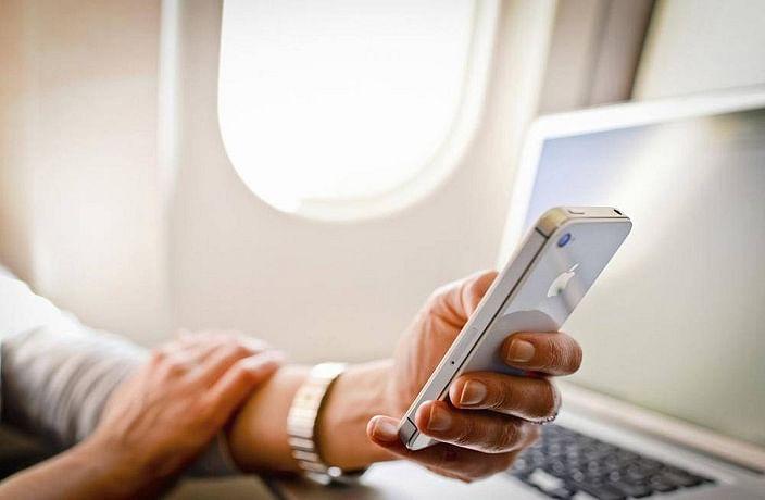 Reliance Jio 499 रुपये में इंटरनेशनल फ्लाइट में भी देगी मोबाइल सर्विस, यहां जानें पूरा डीटेल