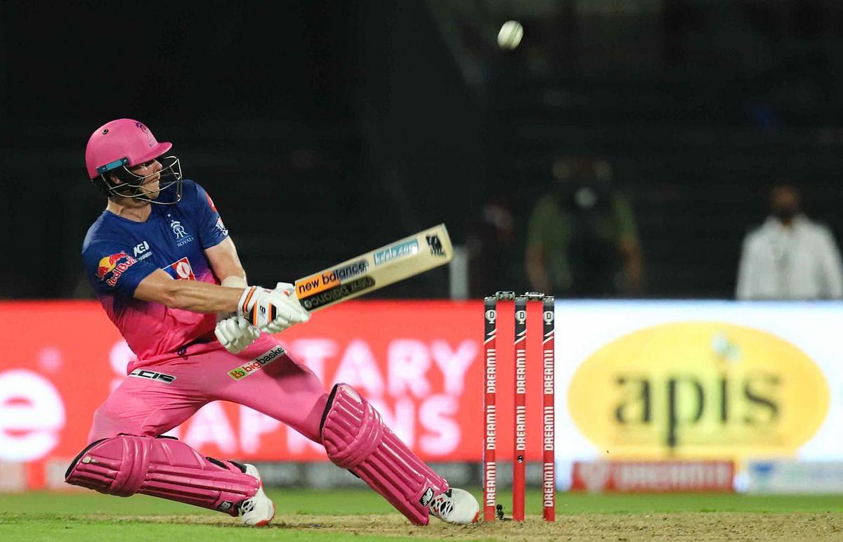 IPL 2020, KXIP vs RR Latest Update : राजस्थान को पहला झटका, जोश बटलर केवल 4 रन बनाकर आउट