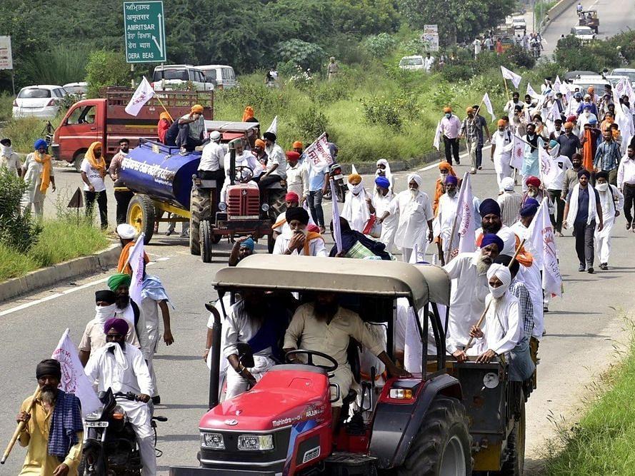 Krishi Bill 2020, Farmers Strike Live Update :  कृषि बिल के खिलाफ किसानों का भारत बंद आज, 13 जोड़ी ट्रेनें रद्द