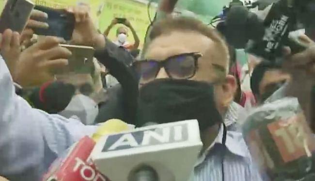 CM नीतीश से मिले गुप्तेश्वर पांडेय, कहा- ''धन्यवाद देने आया था, चुनाव लड़ने पर अभी निर्णय नहीं'', चुनाव लड़ने की तेज हुईं अटकलें