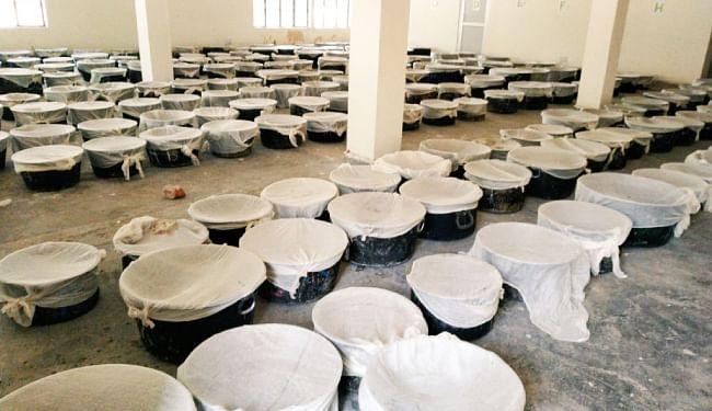 IARI पूसा की मदद से दिल्ली में पराली से निबटेंगे केजरीवाल, तैयार हुआ 10 हजार लीटर 'बायो डीकंपोजर', 13 को करेंगे छिड़काव की शुरुआत