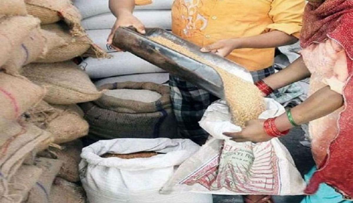 Annapurna Yojana : राशन कार्ड से बुजुर्गों को हर महीने मिलता है 10 किलो फ्री में अनाज, जानिए कैसे होगा फायदा