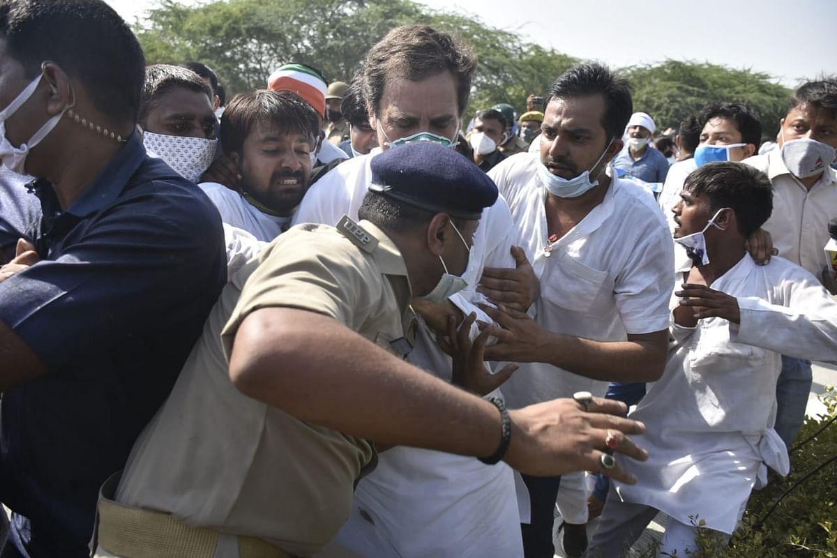 राहुल गांधी का आरोप पुलिस वाले ने मारा धक्का