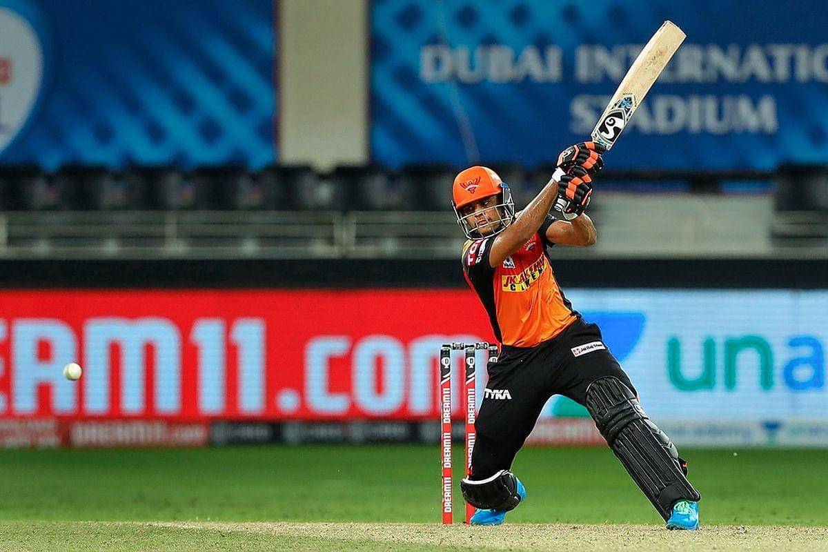 IPL 2020, DC vs KKR, Live Score : कमिंस ने दिल्ली को दिया बड़ा झटका, शिखर धवन 6 रन पर आउट, DC 13/2