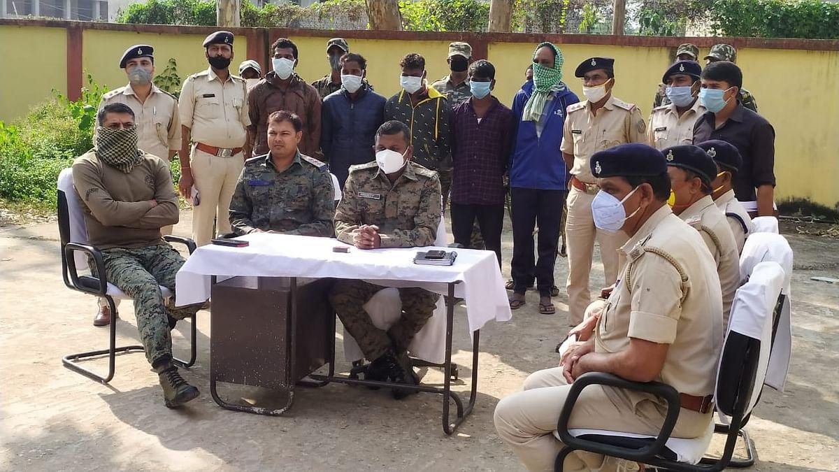 Double Murder Case : झारखंड में दो युवकों की हत्या मामले में पांच आरोपी गिरफ्तार, सीएम हेमंत सोरेन ने दिया था कार्रवाई का आदेश