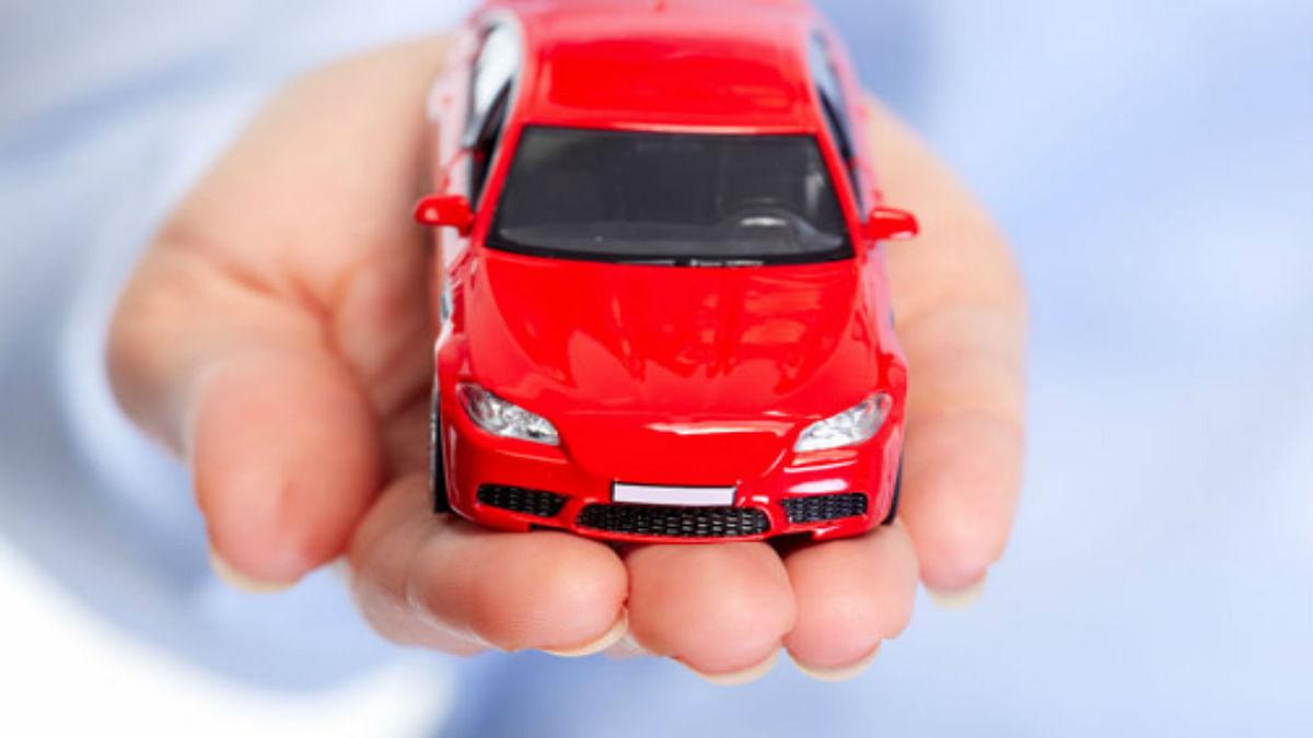 SBI Car Loan: अपना कार लेने का सपना करें पूरा, जीरो फीसदी प्रोसेसिंग फीस पर मिल रहा लोन, जानें प्रोसेस