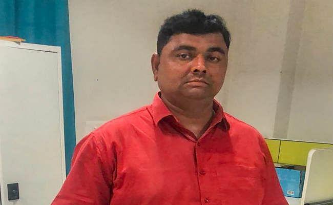 बलिया गोलीकांड : एसटीएफ के हत्थे चढ़ा मुख्य आरोपी धीरेंद्र सिंह, तीन दिन से था फरार