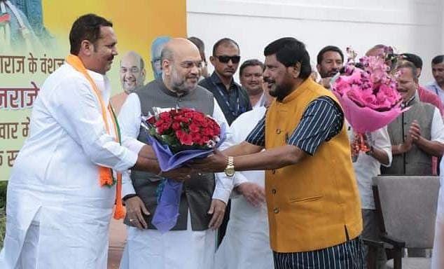 एनडीए में एक और रार, चिराग के बाद अब रामदास अठावले ने भी रख दी शर्त, इतनी सीटों की मांग...
