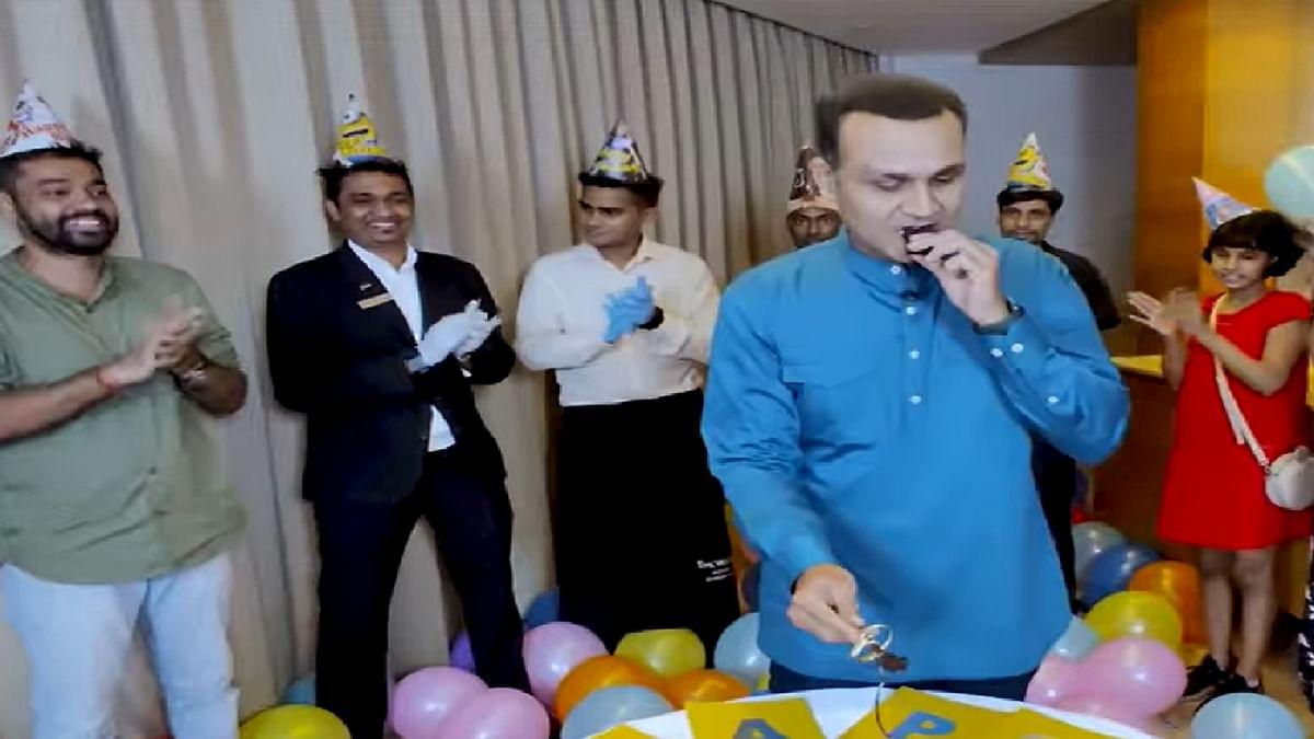 Happy Birthday Virendra Sehwag : वीरेंद्र सहवाग ने खास अंदाज में मनाया अपना 42वां जन्मदिन, बधाइयों का तांता