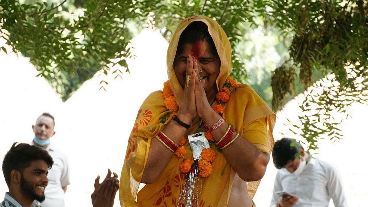 MP:  अब 'आइटम विवाद' में घिरीं इमरती देवी! निर्वाचन आयोग ने नोटिस जारी किया, जानें पूरी बात