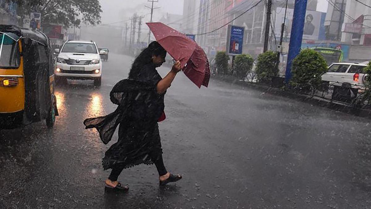 Bihar Weather Forecast : नवरात्रि में खलल डालेगा मानसून, उत्तर बिहार में अगले 48 घंटे तक बूंदाबांदी के आसार