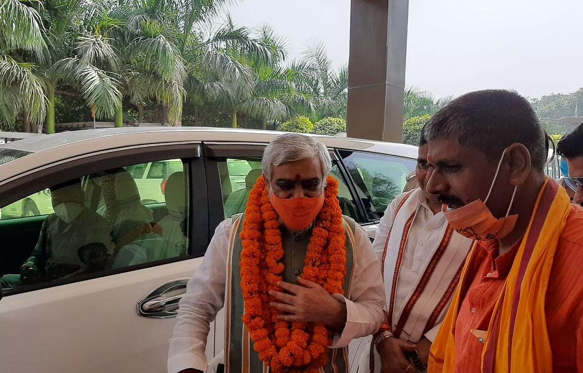 बिहार चुनाव 2020: चौबे ने सुरजेवाला को बताया अज्ञानी, तेजस्वी को अनपढ़, कोरोना वैक्सीन पर दिया बड़ा बयान