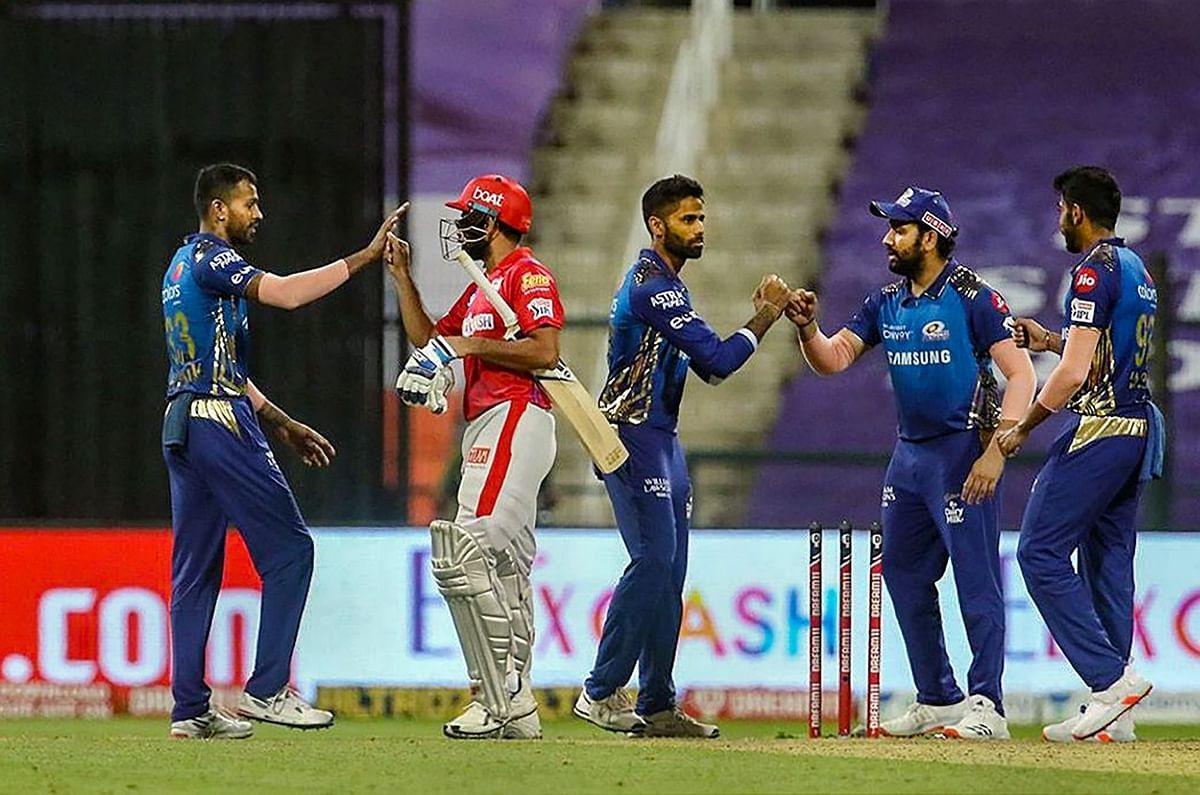 IPL 2020 : आखिरी ओवर में पोलार्ड ने किया चमत्कार, जड़े चार छक्के, जीत के बाद कहा- आखिरी चार ओवर में कुछ भी संभव
