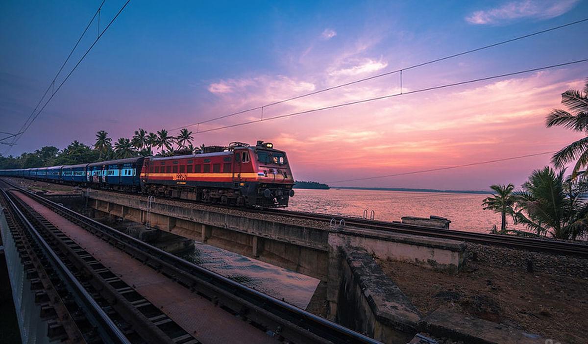 IRCTC/Indian Railways News: दुर्गा पूजा से पहले झारखंड के तीन स्टेशनों से शुरू होंगी 20 ट्रेनें, पूरी लिस्ट यहां देखें