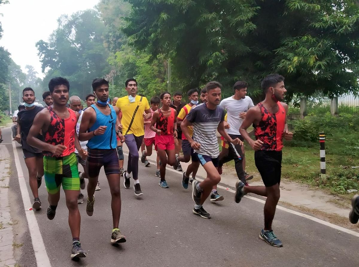 बिहार विधानसभा चुनाव 2020 : मतदाता जागरूकता को ले डीएम के साथ दौड़े शहरवासी