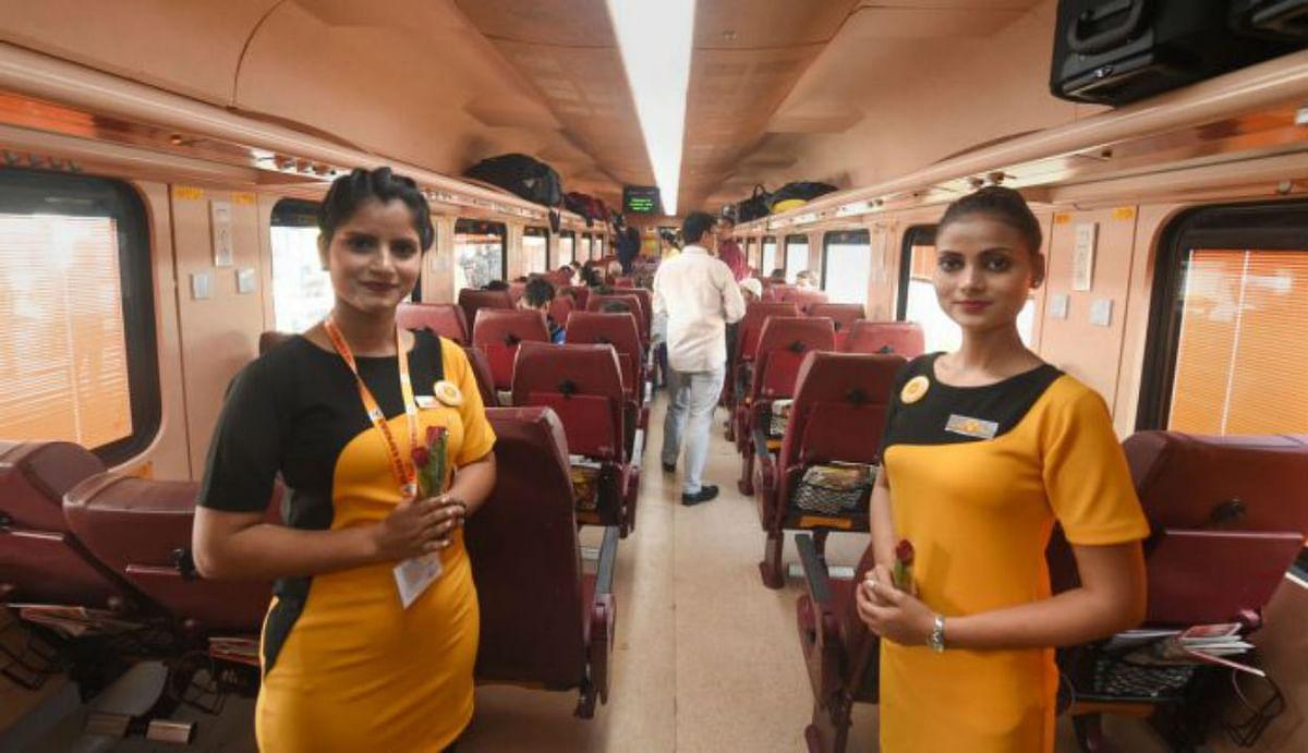 IRCTC Tejas Express Trains : 7 महीने बाद 17 अक्टूबर से दोबारा चलने लगेगी तेजस एक्सप्रेस, जानिए कब शुरू होगी बुकिंग