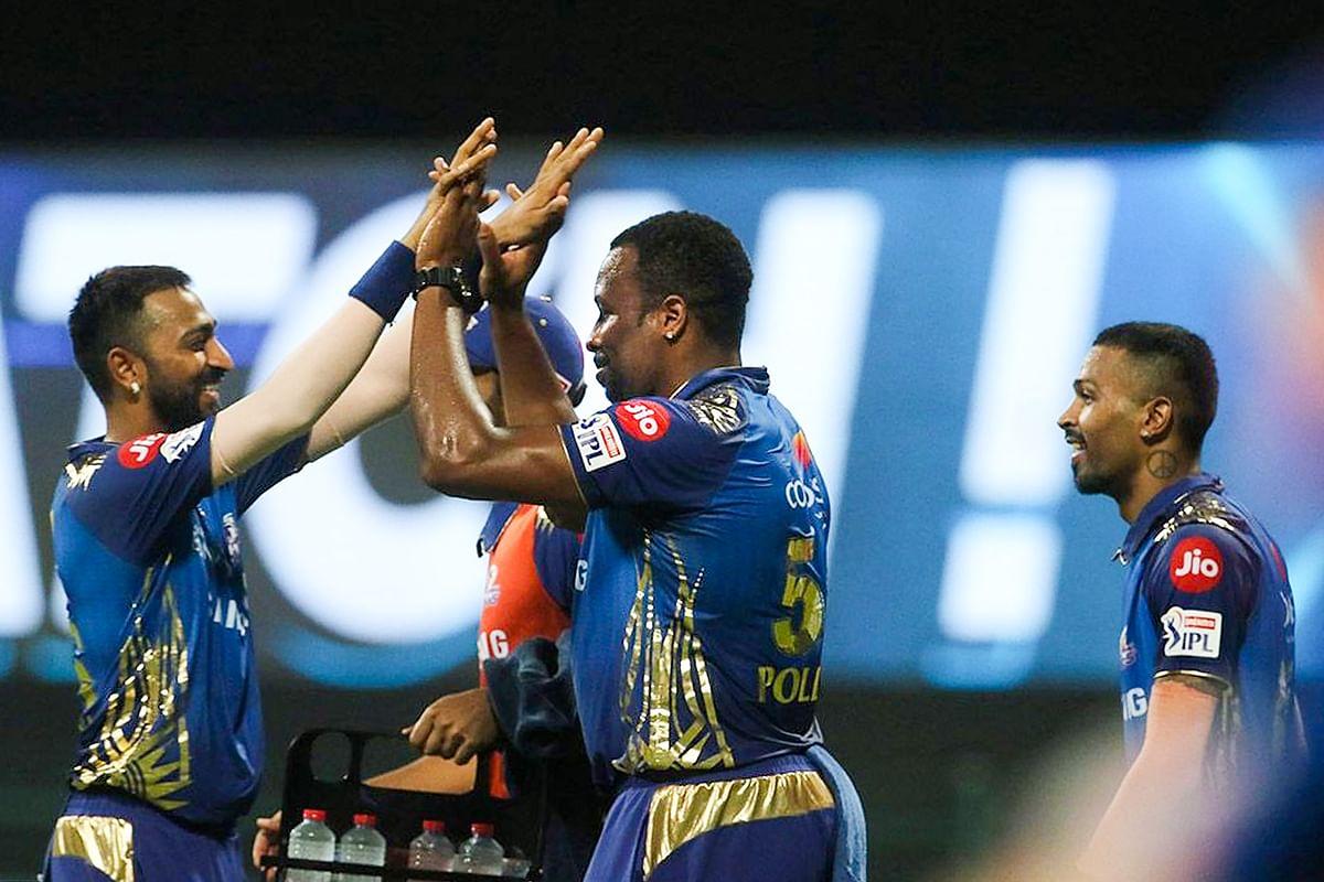 IPL 2020, MI vs RR Live Score : पैटिनसन की घातक गेंदबाजी, राजस्थान को दूसरा झटका, स्मिथ आउट, RR 45/2