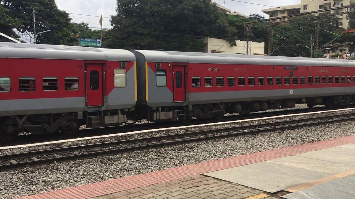 IRCTC/Indian Railway News : आनंद विहार टर्मिनल व यशवंतपुर अंग एक्सप्रेस के लिए बुकिंग आज से, जानें Time Table समेत अन्य डिटेल