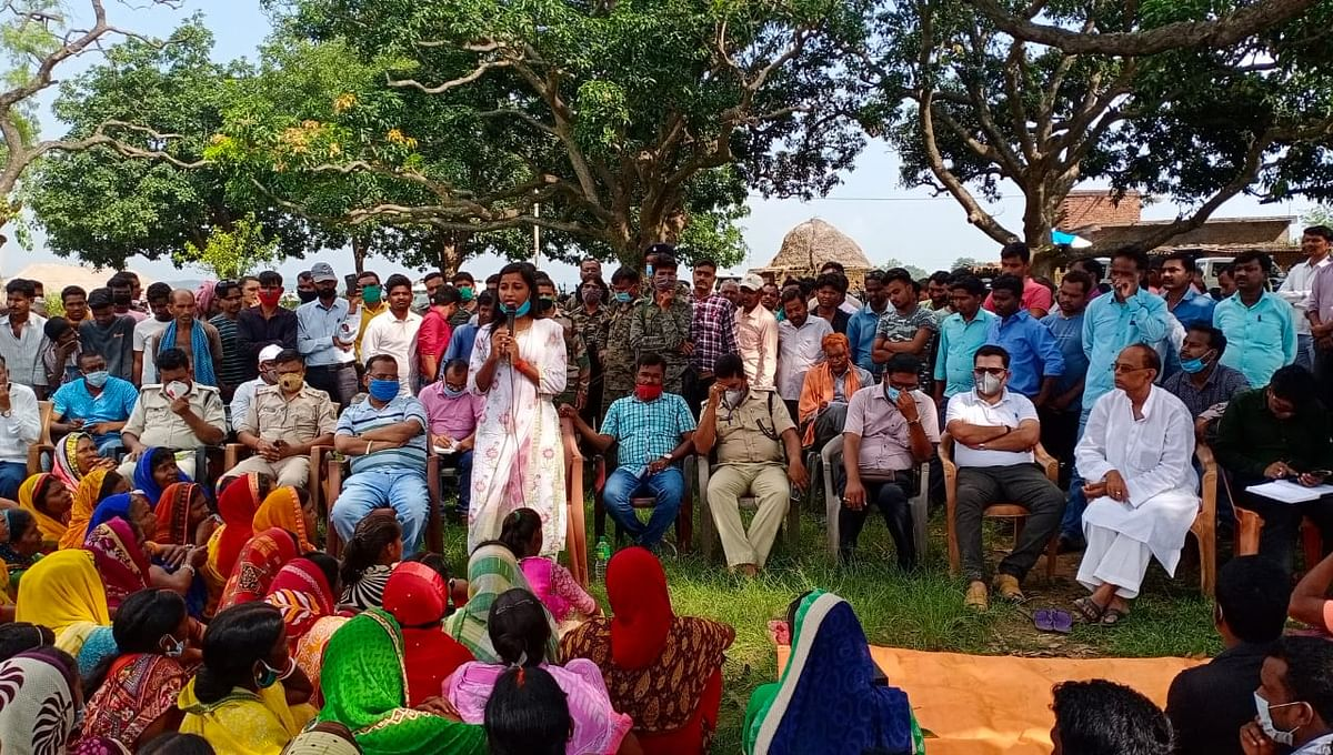 बड़कागांव की विधायक अंबा प्रसाद ने कहा : सरकार ग्रामीणों के साथ. खत्म नहीं होगा आंदोलन.