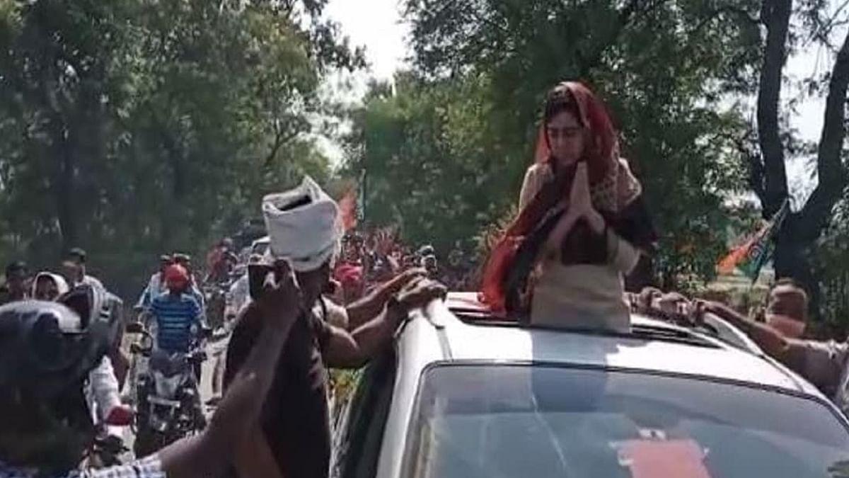 Bihar Election 2020: लालू के उम्मीदवार के खिलाफ तेजप्रताप यादव की पत्नी ऐश्वर्या, परसा में पिता चंद्रिका राय के लिए मांगा वोट