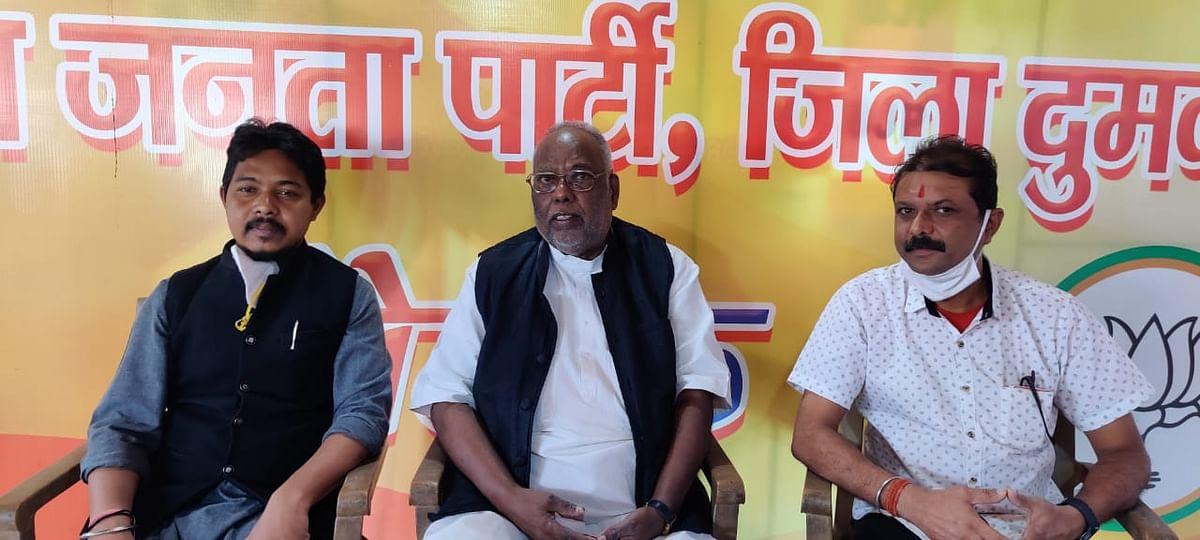 Jharkhand Assembly By-Election 2020 : झारखंड आंदोलन में शिबू सोरेन के साथी रहे सूरज मंडल ने सोरेन परिवार पर साधा निशाना, कह दी ये बड़ी बात